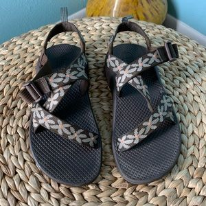 Chaco Youth Size 4 Eco Tread Flower Patch Sandals